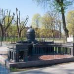 Мини-Казанский собор в Александровском парке.