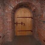 Петропавловская крепость. Конец потайного туннеля - вход в казематы Государева бастиона.
