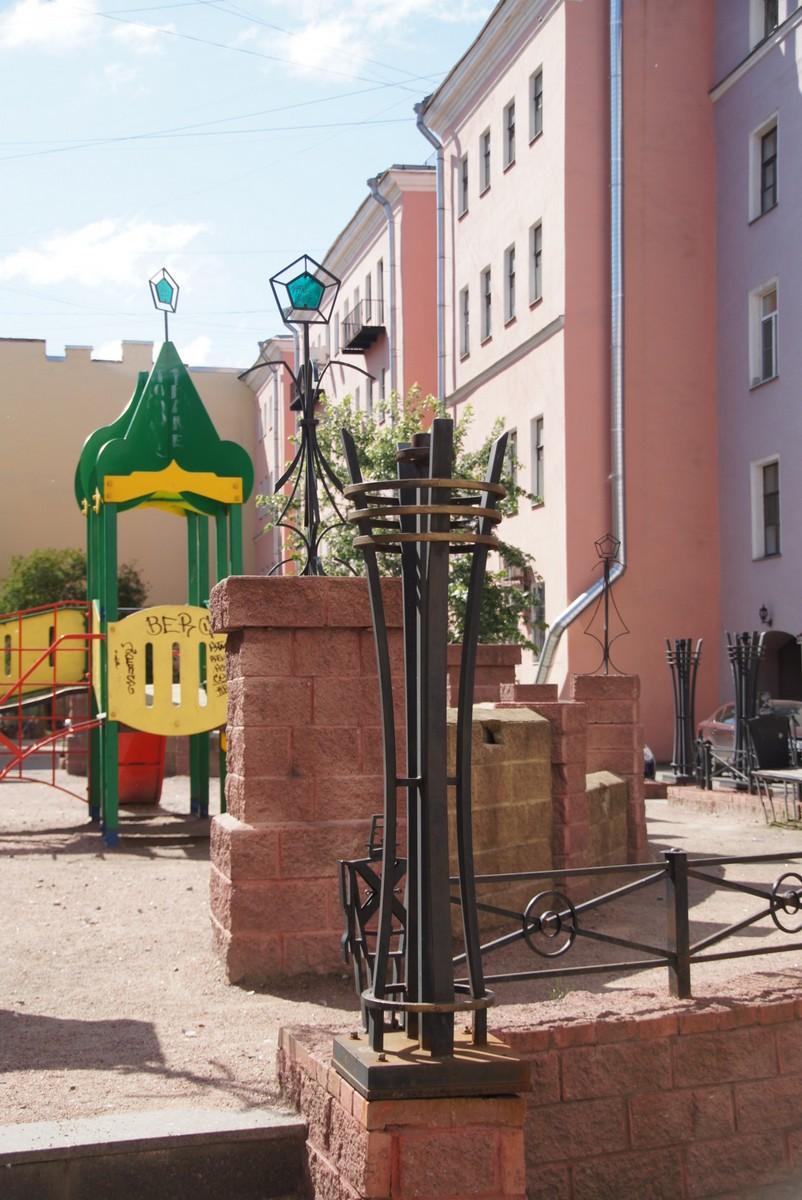 Ананисты любители на улице фото 187-634