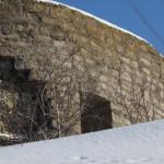У крепости Копорье: древние стены.