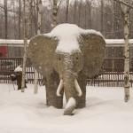 Топиарный слон в Разливе.