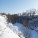 У стен крепости Копорье: глубокий овраг.