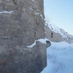 У крепости Копорье: вид на Среднюю башню.