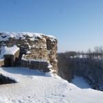 Крепость Копорье. У Южной Воротной башни и вид на реку Копорку.