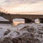 Длинный мост в Хельсинки. Зимний закат.