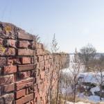 У восточных крепостных стен в Свеаборге на острове Сусисаари (Волчий остров).