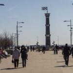 На главной аллее парка 300-летия Петербурга.