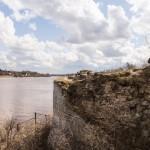Крепость Старая Ладога. Крепостные стены у Волхова.