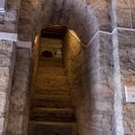 В крепости Старая Ладога. Вход в археологический музей в Воротной башне.