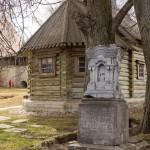 Могила купца Смоленкова в крепости Старая Ладога.