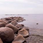 Каменистая коса у пляжа в Репино.