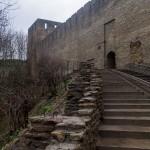 Ивангород. Лестница, ведущая ко входу в крепость.