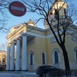 У Спасо-Преображенского собора на Преображенской площади.
