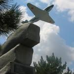 Севастополь. Як-3 - памятник лётчикам 8-ой воздушной армии.