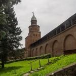 В Новгородском кремле. Башня Кокуй.