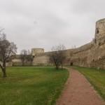 В Изборской крепости.