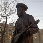Джамбул Джабаев. Памятник в переулке Джамбула.
