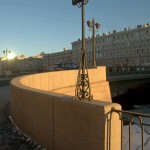 У Лештукова моста. Рядом с БДТ.