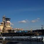 "На набережной лейтенанта Шмидта. Ледокол ""Санкт-Петербург"" у пассажирского терминала."