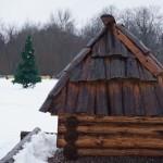 Кингисепп. У парка Романовка. Новогодний антураж.