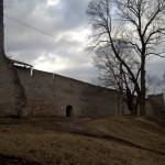 Порховская крепость. Прясло между Никольской и Малой башнями.