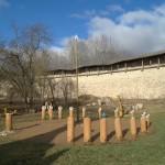 Порховская крепость. Солнечные часы.