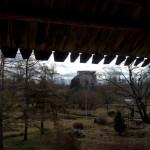 Порховская крепость. Средняя башня. Вид от боевого хода крепости.