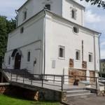 Новгород. У церкви Георгия на Торгу.