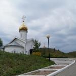 Холковский монастырь. По дороге к храмам.