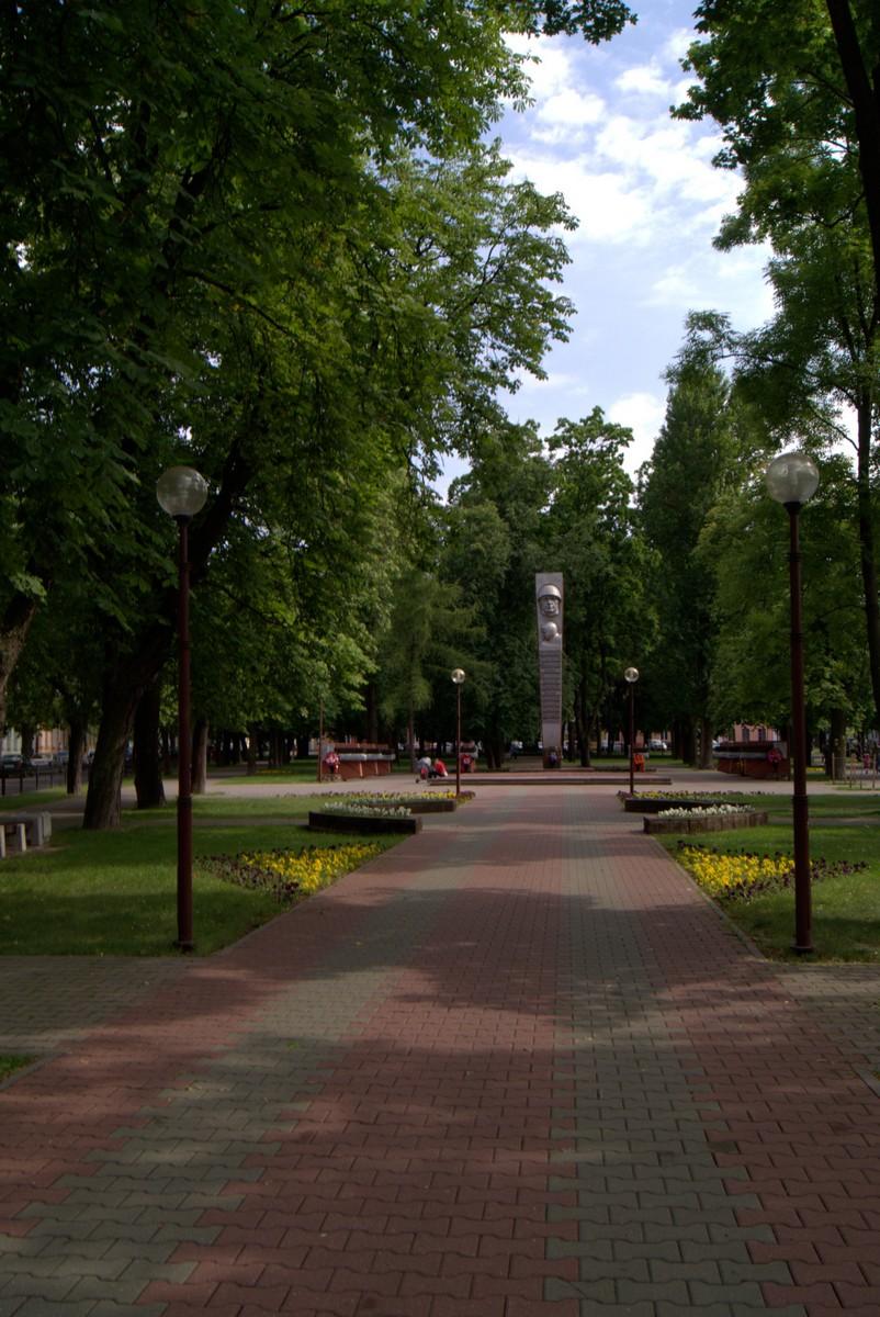 Брест. На площади Свободы.