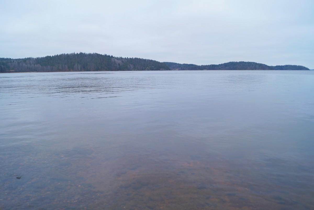 Лахденпохья. Воды Ладоги на Якимварском заливе.