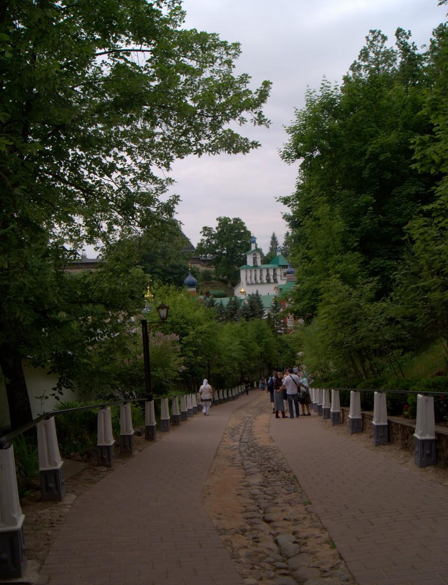 """Псково-Печерский монастырь. """"Кровавый путь""""."""