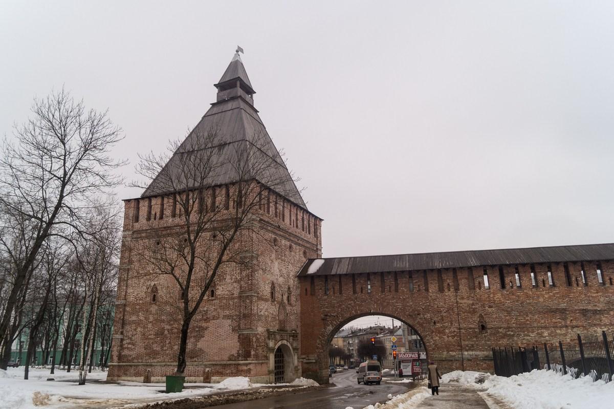 Смоленск. Никольская башня и ворота.