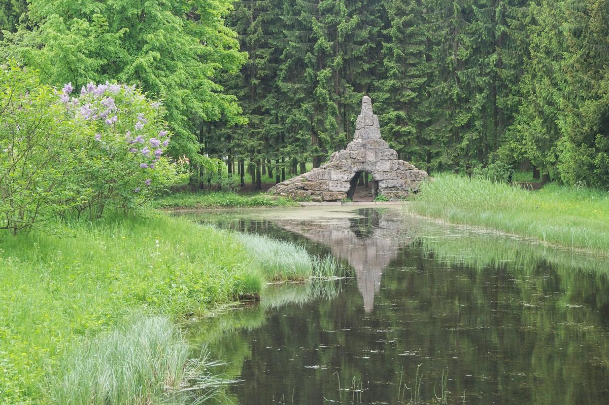 Пушкин. Екатерининский парк. Тишина и майский воздух.