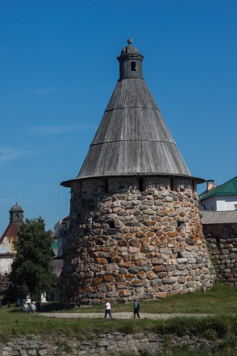 Соловецкий монастырь. Прядильная башня.