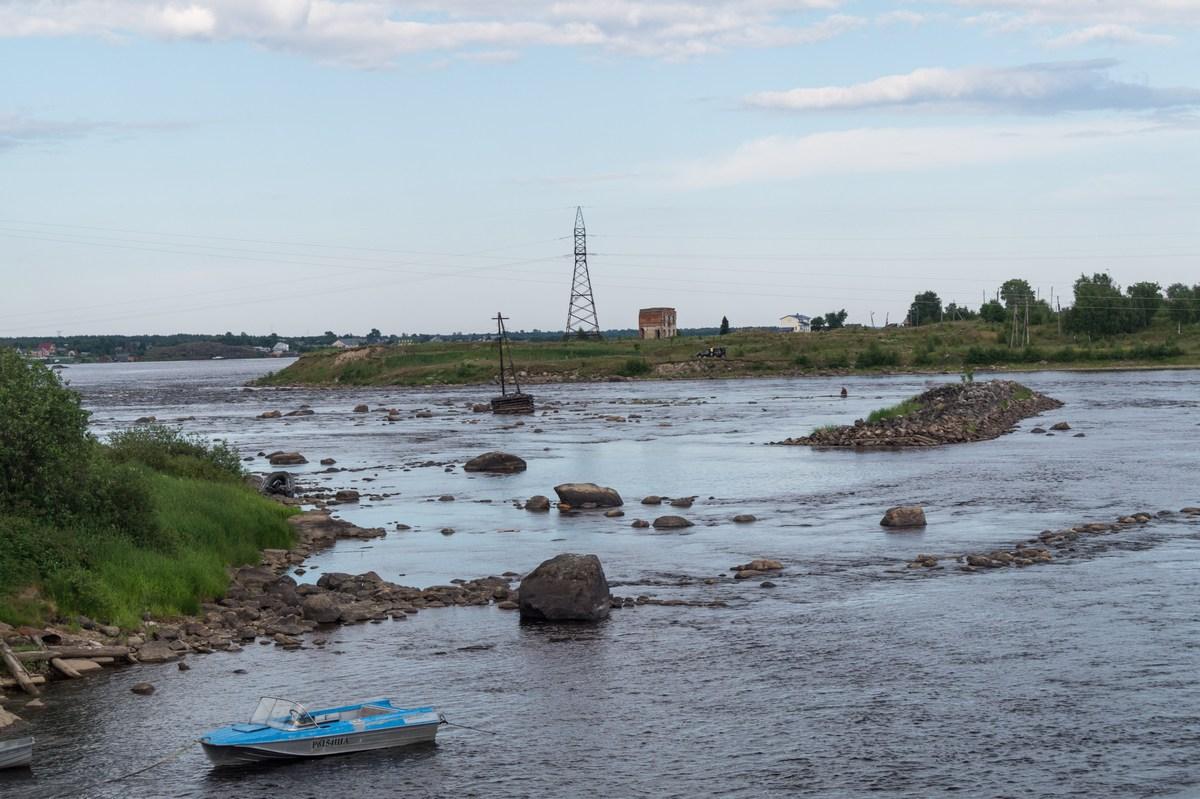 Июль. На реке Кемь в городе Кемь.
