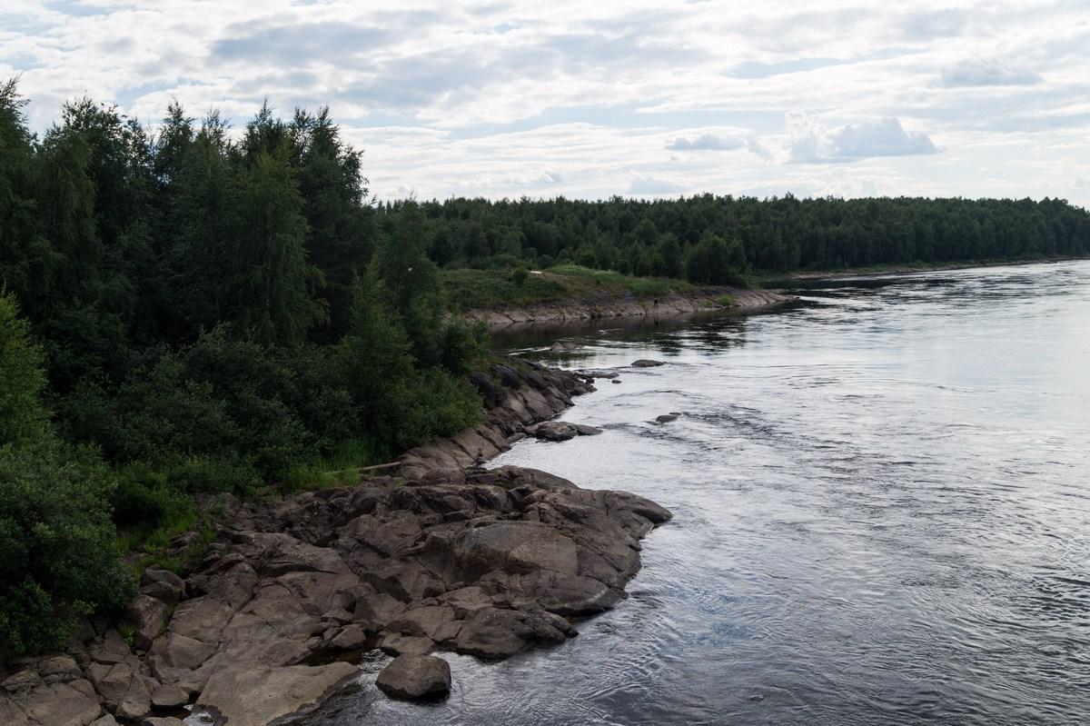 Берега реки Кемь.