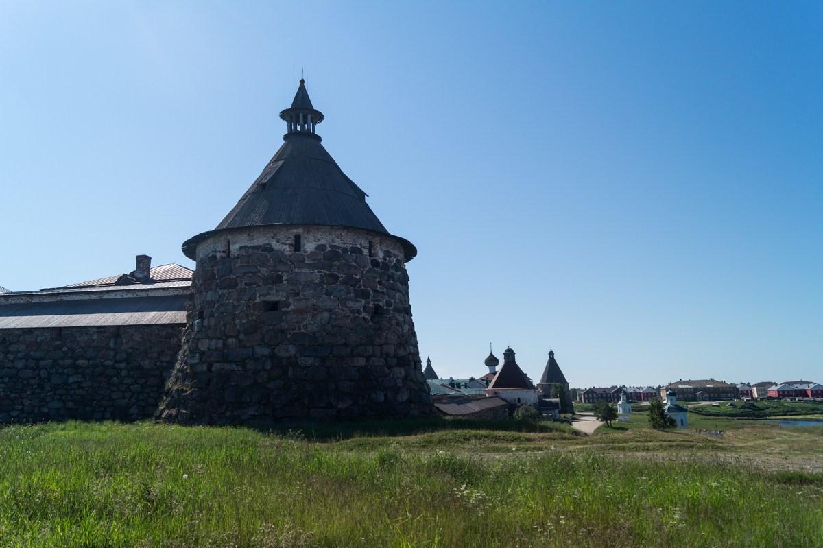 Соловецкий монастырь. Корожная башня.