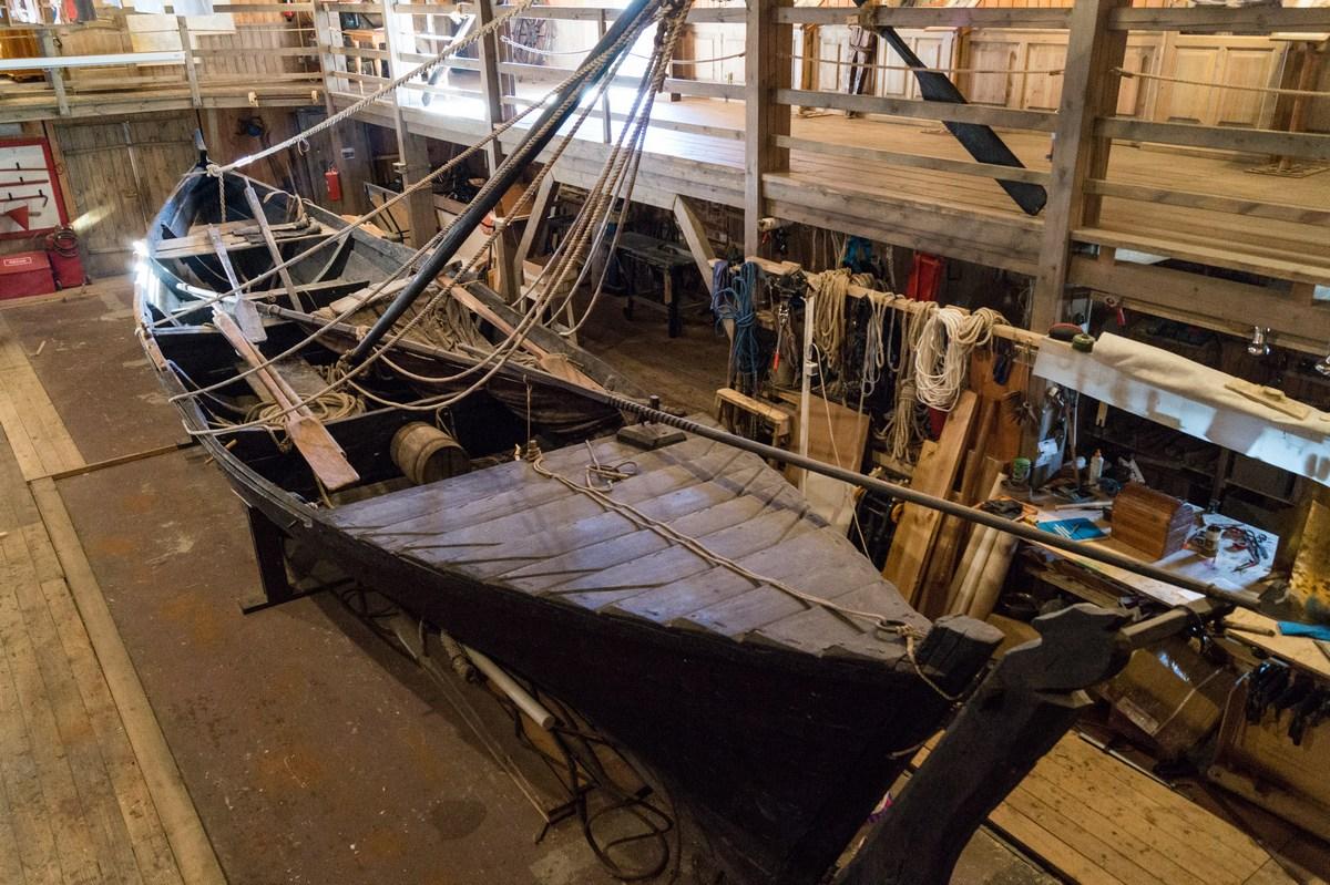 В Морском музее на Соловках. Поморская шняка (рыболовное судно для ловли трески)