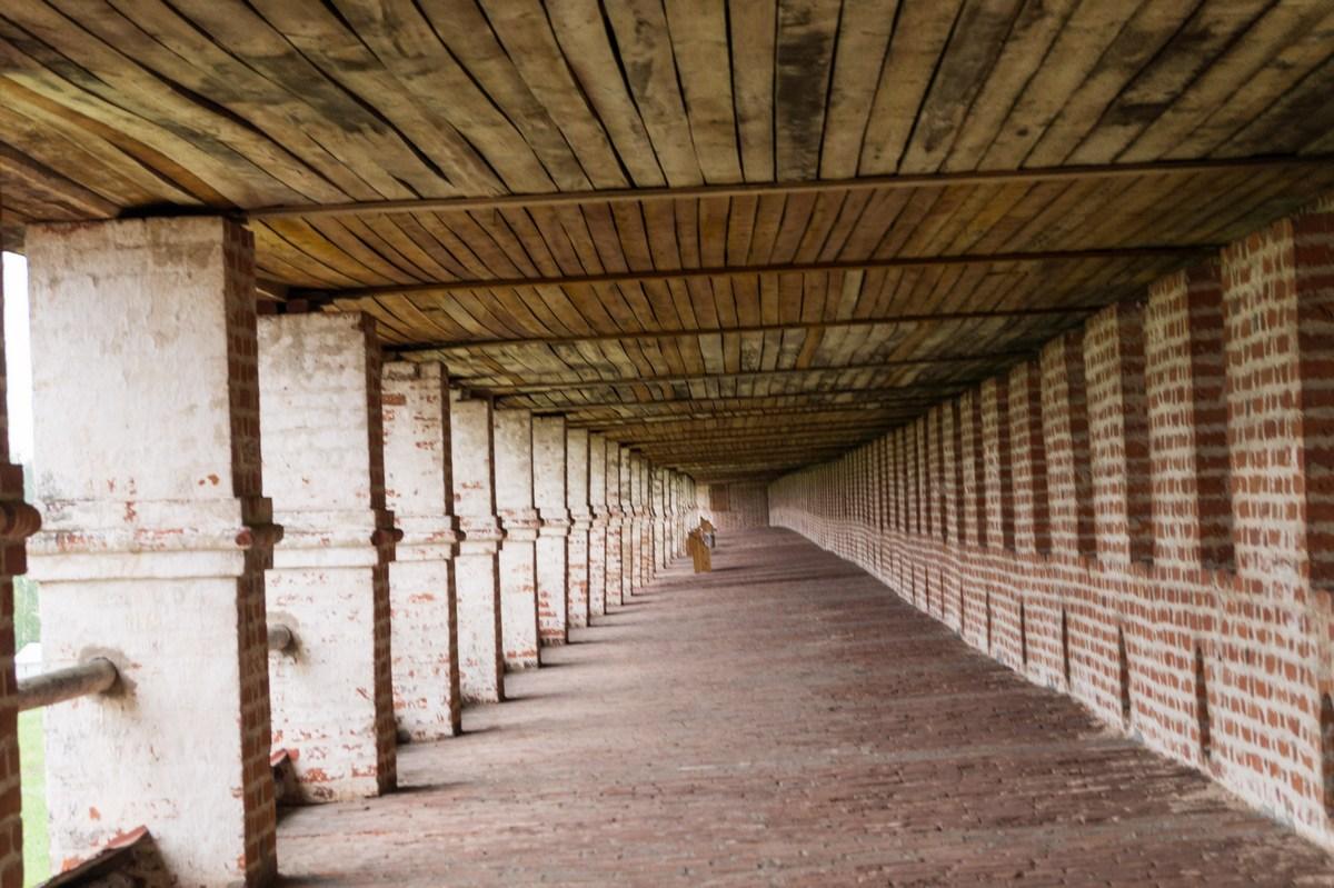 Кирилло-Белозерский монастырь. На третьем ярусе стен.