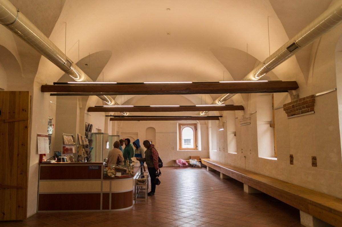 Кирилло-Белозерский монастырь. Трапезная палата.
