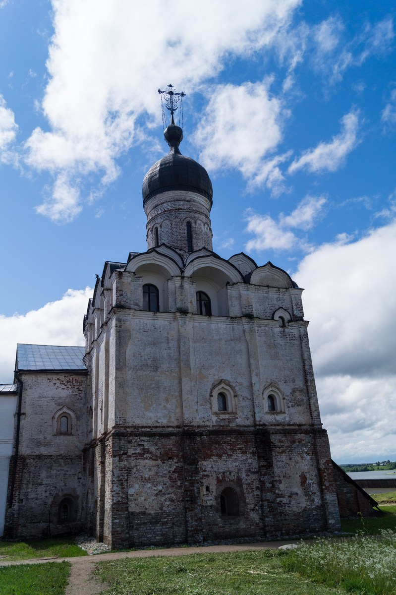 Ферапонтов монастырь. Благовещенская церковь.