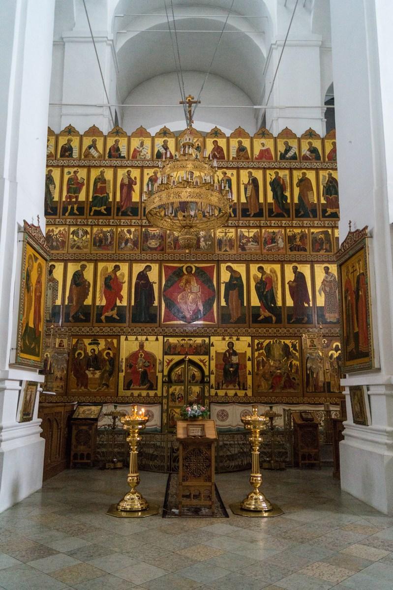 Спасо-Преображенский собор в Варлаамо-Хутынском монастыре. Иконостас.