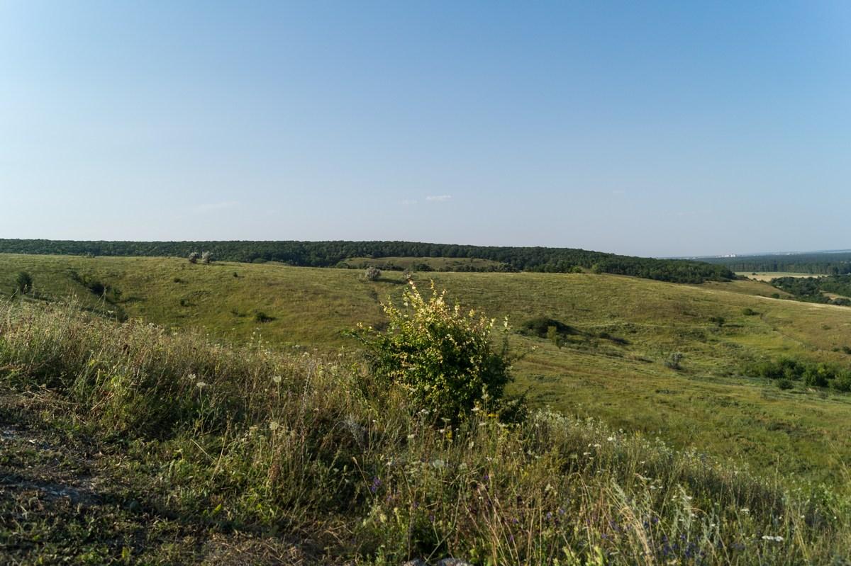 Белгородская область. Степные просторы у Холковского монастыря.