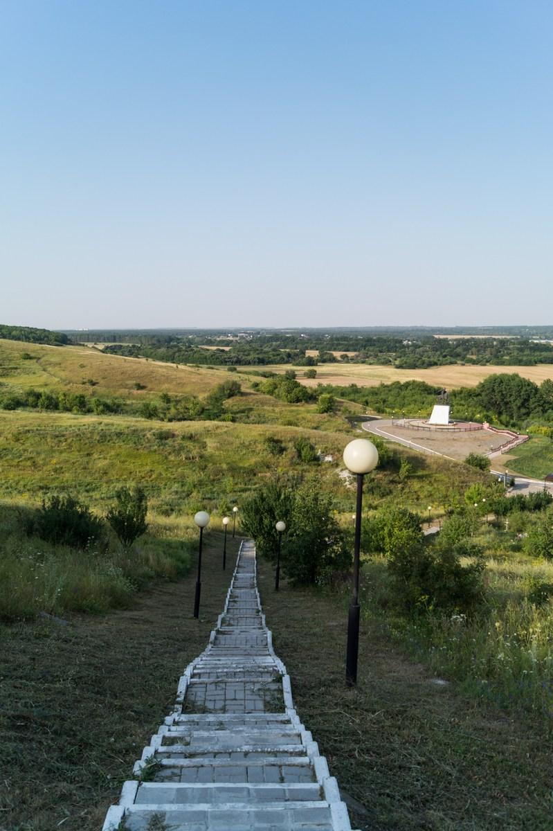 В Холковском монастыре. Лестница вниз.