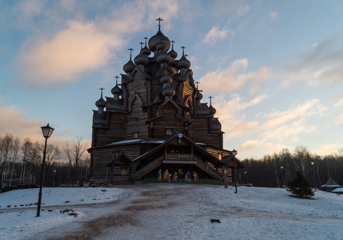 """Усадьба """"Богословка"""". Покровская церковь."""