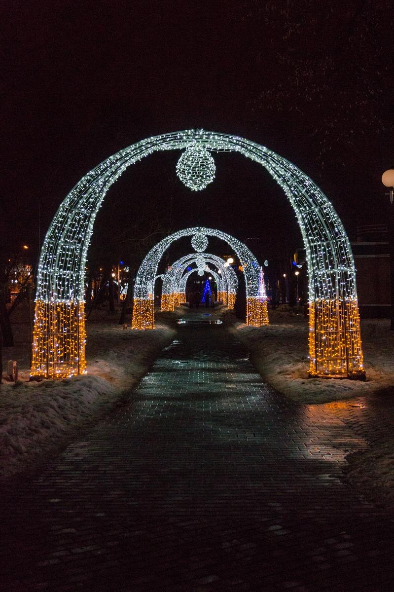 Гомель. Сквер имени Громыко. Волшебная арка.
