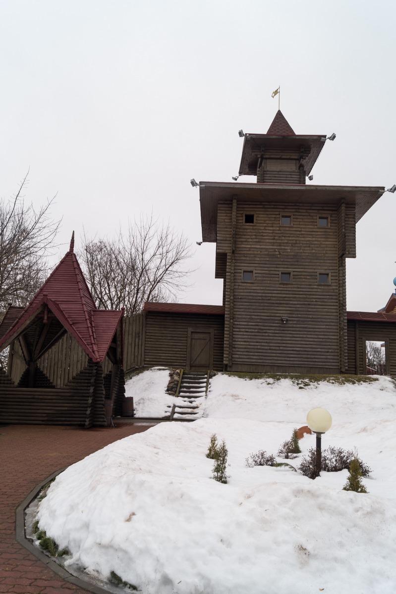 Мозырский замок. Оружейная башня.
