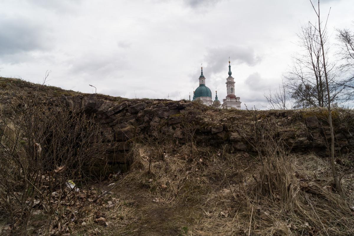Кингисепп. Все, что осталось от Ямгородской крепости.