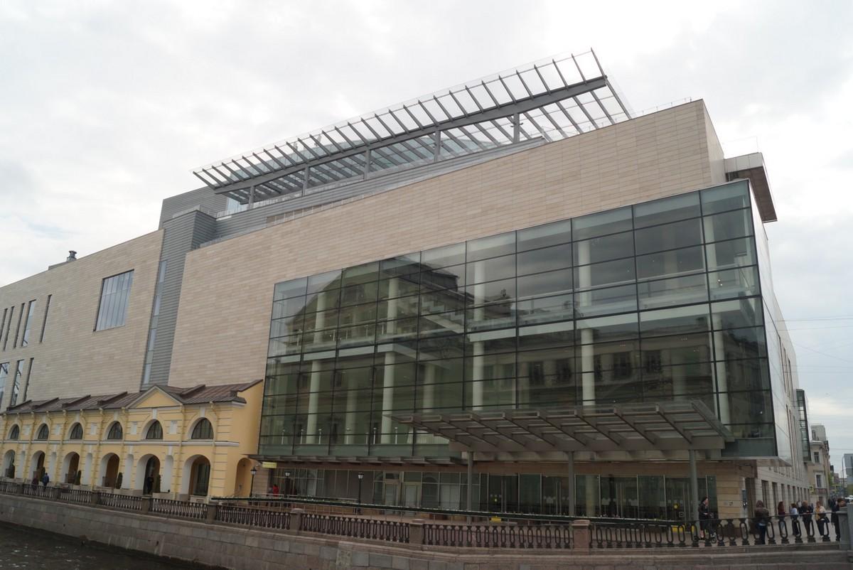 На Крюковом канале. Вторая площадка Мариинского театра.